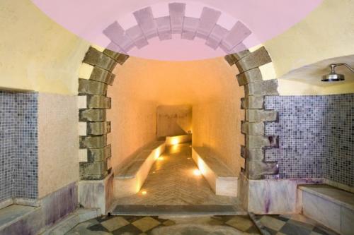 Le terme di Bagni di Lucca, le più antiche d'Europa